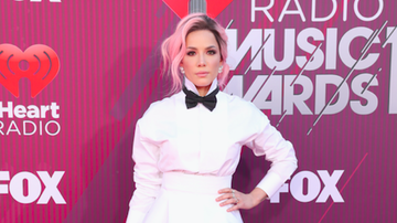 News - Twitter Loves Halsey's Totally New Look At The iHeartRadio Music Awards
