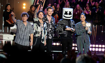 Entertainment - Marshmello, Lovelytheband & Ella Mai Perform At iHeartRadio Music Awards