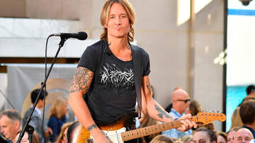 Music News - Keith Urban Invites Irish Street Performer To Join Him On Stage During Show