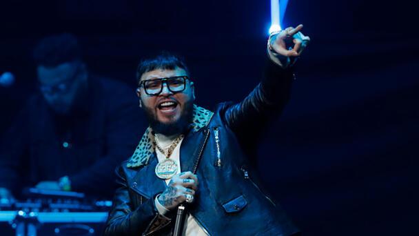 Farruko se robó el show en Premios Juventud con el mensaje a DIAZ CANEL