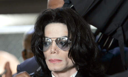National News - Indianapolis Children's Museum Removes 3 Michael Jackson Items From Display