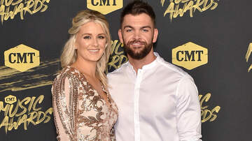 iHeartCountry - Dylan Scott, Wife Blair Expecting Baby No. 2
