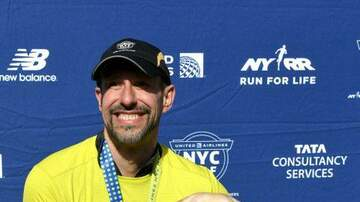 Good News WSRZ-FM - Blind Man Finishes Half Marathon With Help of Guide Dogs