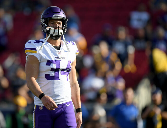 Minnesota Vikings v Los Angeles Rams