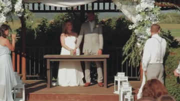 Johnjay And Rich - WATCH: Best Man Faints & Falls Hard During Wedding Ceremony