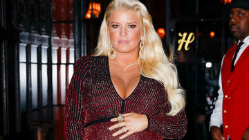 Entertainment News - Jessica Simpson Rocks A Bikini, Shows Off Her Baby Bump: See The Photo