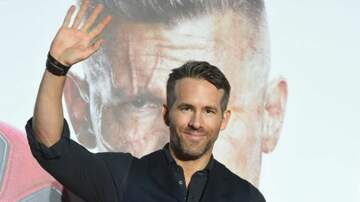 Julie's - Ryan Reynolds Has SEXIEST Sexiest Man Alive Cover...Who Came In Last??