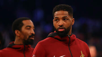 Crystal Rosas - Tristan Thompson Spotted Helping Out the Community