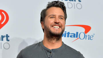 iHeartCountry - Luke Bryan Shares Sticky Fashion Secret