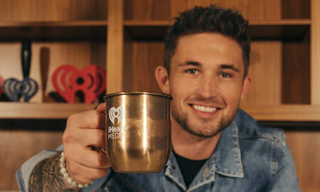 Music News - Michael Ray Teaches How to Make His Own Signature Cocktails (VIDEO)