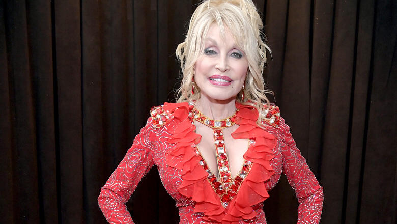 Dolly Parton Donates 200K To Volunteer Firefighters