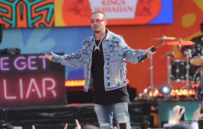 "Liam Payne & J Balvin Perform On ""Good Morning America"""