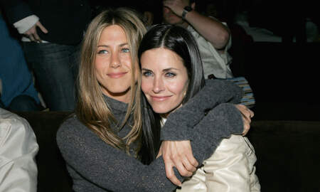 Entertainment News - Courteney Cox Visits The 'Friends' Apartment In NYC: 'Miss Those Days'