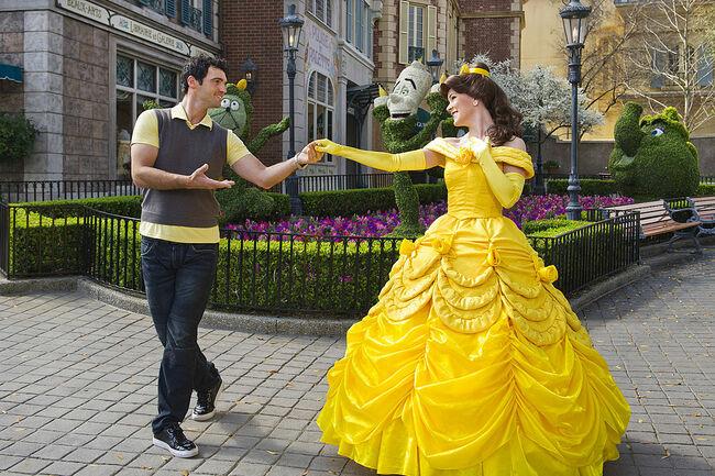 Todd Dovolani Visits Disney World - February 23, 2011