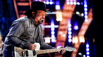 Tim Ben & Brooke - Here's Everything You Need To Know About Garth Brooks' Glendale Concert