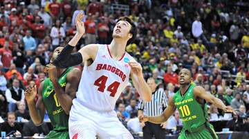 Wisconsin Badgers Blog (58608) - GALLERY: 5 Years Ago, Wisconsin beat Oregon at the Bradley Center