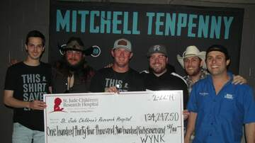 Photos - Mitchell Tenpenny and Parish County Line show pics!