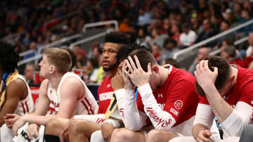 Wisconsin Badgers - Oregon dominates second half, beats Wisconsin 72-54 in NCAA Tournament
