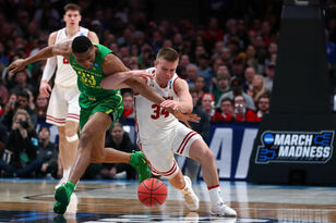 #12 Oregon 72, #5 Wisconsin 54 - Badgers fall in NCAA Tournament opener