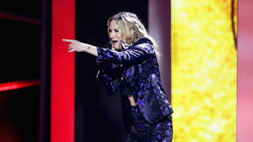 Entertainment News - Sugarland's Jennifer Nettles Drops Empowering 'I Can Do Hard Things' Video
