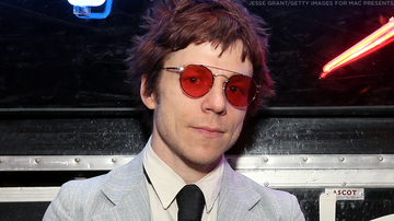 Mike Jones - Cage The Elephant's Matt Shultz Interview With 'It's Mike Jones'