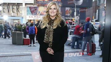 Music News - Trisha Yearwood Says She's Done With Bodysuits After Wardrobe Malfunction