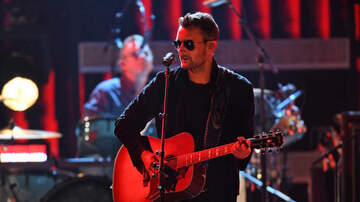 Tom Travis - Eric Church Surprises Fans At A Recent Show