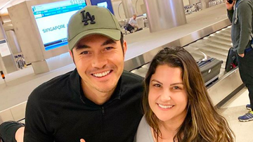 Ryan Seacrest - Sisanie Recaps Her Trip to Singapore, Running Into Henry Golding!