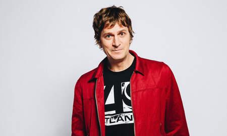 Entertainment News - Rob Thomas Previews Autobiographical Album 'Chip Tooth Smile'
