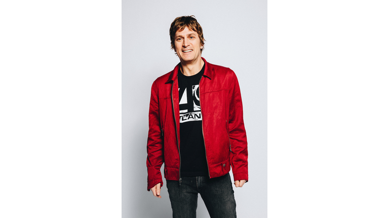Rob Thomas Previews Autobiographical Album Chip Tooth Smile Iheartradio