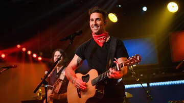 iHeartRadio Live - Jake Owen Makes Up Song On The Fly for Pregnant Girlfriend & It's Amazing