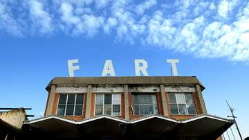 Mo' Bounce - Man Suing Over Being Bullied By Farts
