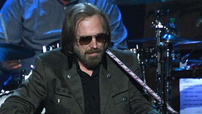 Tom Petty's Widow, Daughters Battling Over His Estate