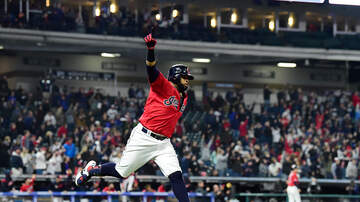 Total Tribe Coverage - Welcome Home! Santana Hits a Walk-Off Homerun to Defeat the Blue Jays 3-2