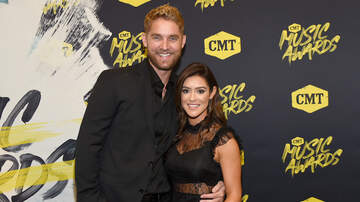 image for Brett Young Welcomes Daughter Into World