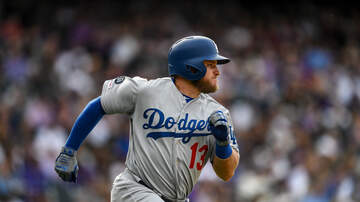 Dodgers Clubhouse - Max Muncy Talks About Nearly Hitting For The Cycle