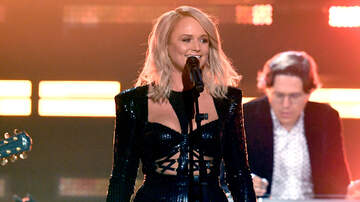 CMT Cody Alan - Miranda Lambert's Performance Medley Lights Up ACM Awards