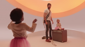 Frankie D - Thomas Rhett's daughters in his current video Look What God Gave Her!