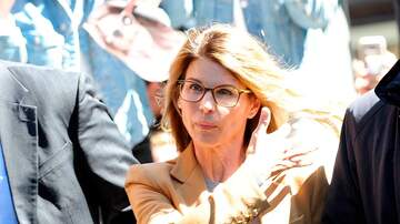 Suzette - Lori Loughlin Was Offered 2 Years Minimum Prison Sentence