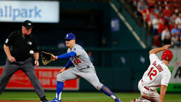 Dodgers Clubhouse - Kike Hernández Talks About The Diversity In The MLB Today