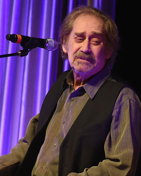 Country Legend Earl Thomas Conley Passed Away   96.9 The Kat