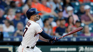 Sports Desk - Astros Hold Off Yankees For Series Sweep