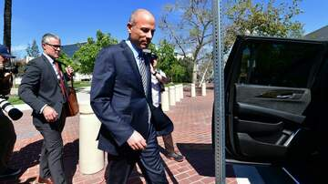 Politics - Michael Avenatti Indicted on 36 Charges of Tax Fraud, Perjury and Theft