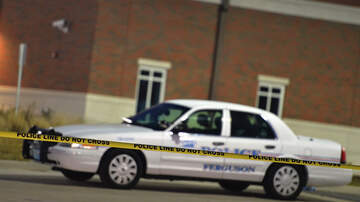 Bill Handel - Police Cruisers Are Having Their Wheels Stolen Off In Mississippi
