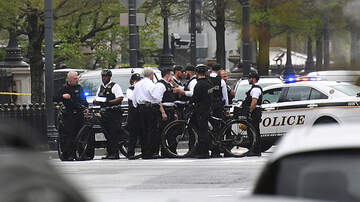 Politics - Secret Service Says Man Set Himself On Fire Near The White House