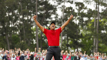 Sports Top Stories - Tiger Woods Wins The Masters For The First Time Since 2005