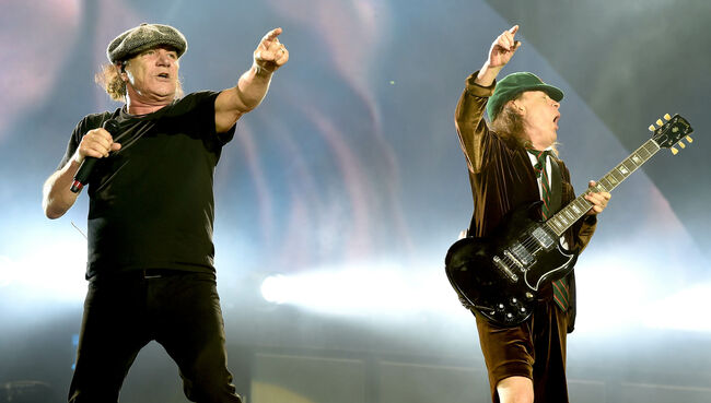 Brian Johnson Will Tour With AC/DC, Rumor Says