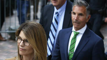 Entertainment News - Lori Loughlin & Her Husband Plead Not Guilty In College Admissions Scam
