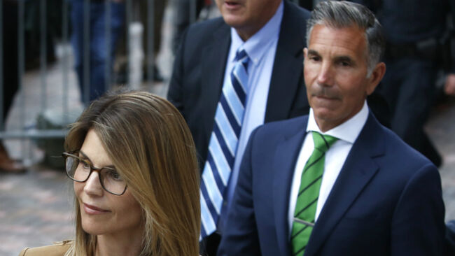 Lori Loughlin & Her Husband Plead Not Guilty In College Admissions Scam