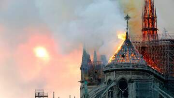 WOAI Breaking News - Notre Dame Cathedral On Fire